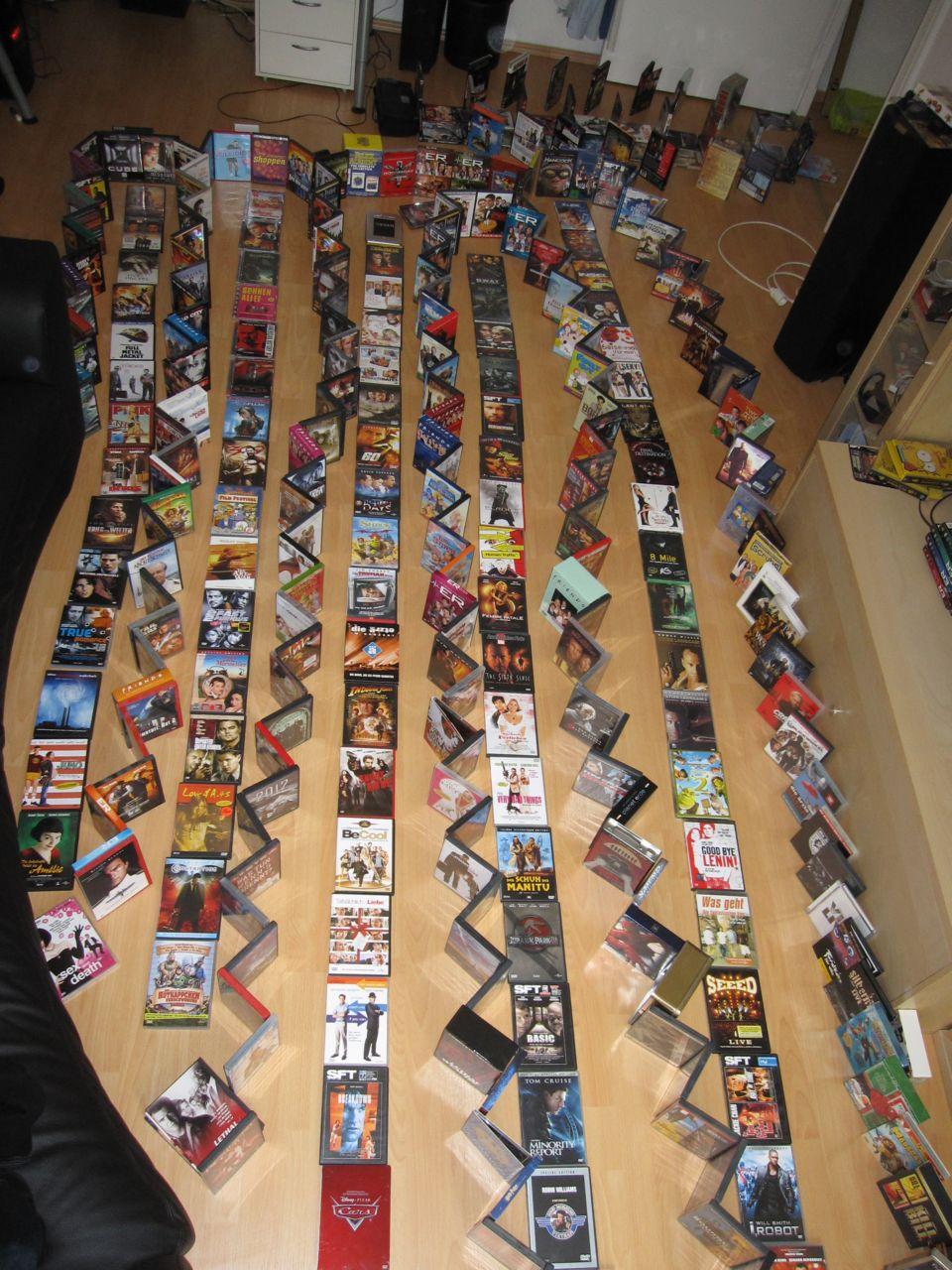 DVDs DVDs DVDs... wo ist der Ausgang?