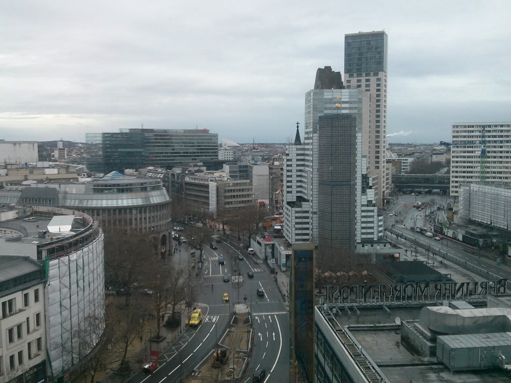 Blick aus dem Europa Center Office Tower auf die City West